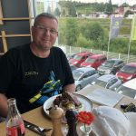 Rodzinny obiad na Słowacji. Zwróćuwagę na koszulkę :)